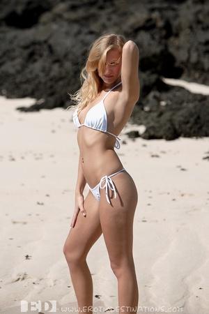 Slim sexy small tits blonde angel drops  - XXX Dessert - Picture 2