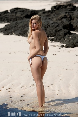 Slim sexy small tits blonde angel drops  - XXX Dessert - Picture 6