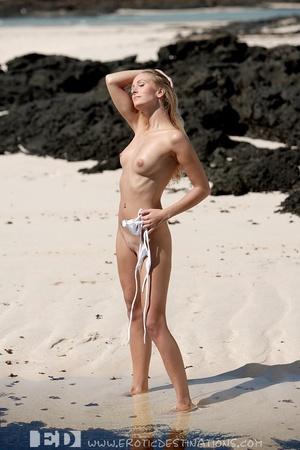 Slim sexy small tits blonde angel drops  - XXX Dessert - Picture 11