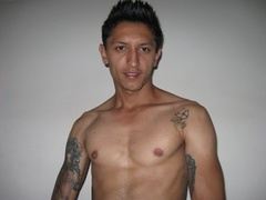 26 yo, boy live sex, tattoo, zoom
