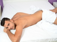 24 yo, boy live sex, short hair, white