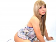 blonde young shemale venedettidoll