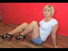 47 yo, mature live sex, vibrator, white