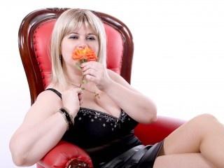 blonde alice striptease