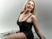 blonde mila roleplay