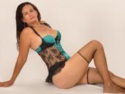 brunette lennahott striptease
