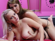 brunette teen steffy and