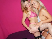 blonde teen pamelacute and