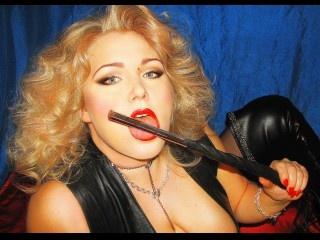 blonde julia lux oil