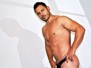 brunette maxstefano striptease