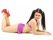 brunette teen vanessa striptease