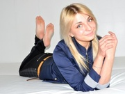 blonde teen paris dancing
