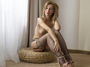 blonde bellesandy striptease