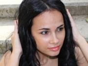 brunette hotlexy24 live orgasm