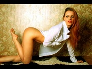 redhead bella live orgasm