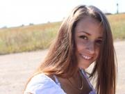 brunette teen malinamimi cameltoe