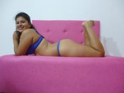 brunette teen carolina