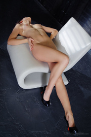 smoking-hot brunette vixen sexy