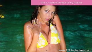 amateur, brunette, naked girls, pool
