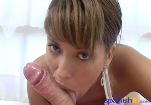 Bodacious fair-haired chick in a white t - XXX Dessert - Picture 4