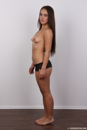 Tanned brunette chick with long hair loo - XXX Dessert - Picture 8
