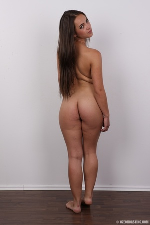 Tanned brunette chick with long hair loo - XXX Dessert - Picture 17