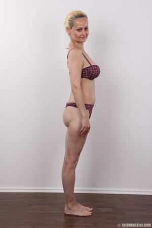 Well-built blonde mature with a plait pr - XXX Dessert - Picture 8