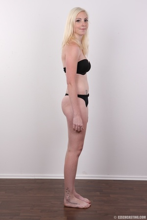 Tall blonde cutie with a tattoo demonstr - XXX Dessert - Picture 8