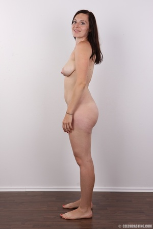 Very hot brunette mom with natural boobs - XXX Dessert - Picture 11