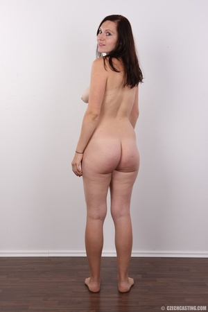 Very hot brunette mom with natural boobs - XXX Dessert - Picture 16