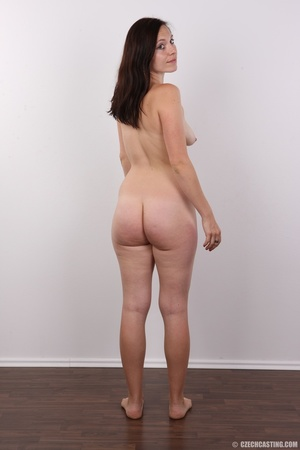 Very hot brunette mom with natural boobs - XXX Dessert - Picture 17