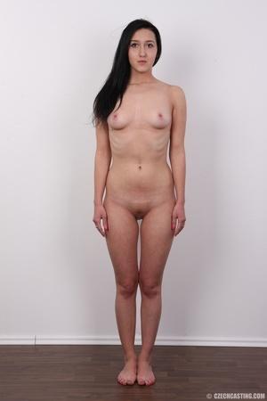 Lovely brunette nude chick having her sh - XXX Dessert - Picture 14