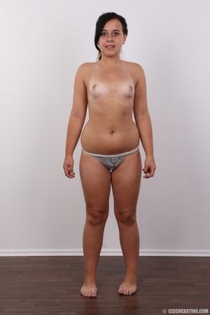 Plump ponytailed brunette chick presenti - XXX Dessert - Picture 9