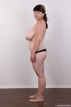 Plump brunette babe with a plait has rea - XXX Dessert - Picture 10