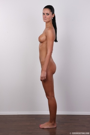 Tanned ponytailed brunette babe looking  - XXX Dessert - Picture 15