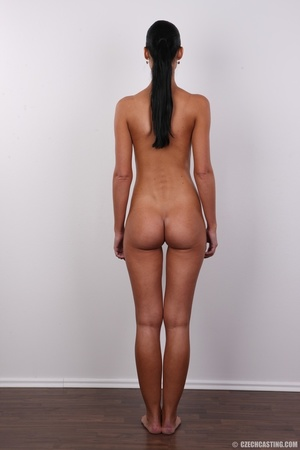 Tanned ponytailed brunette babe looking  - XXX Dessert - Picture 16