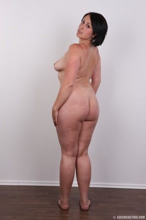 Plump brunette coed with massive natural - XXX Dessert - Picture 17