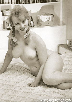 Professional and amateur vintage photos  - XXX Dessert - Picture 3