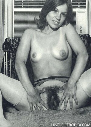 Vintage chicks with firm natural bodies  - XXX Dessert - Picture 4