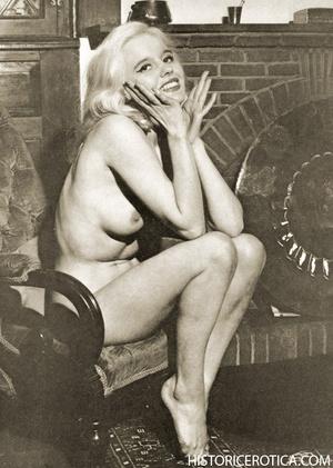 Wonderful black and white erotic pics wi - XXX Dessert - Picture 2