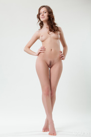 honey adorable nude brunette