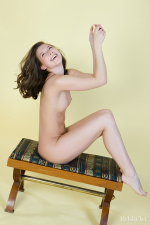 Tall curvy nude brunette with sexy shape - XXX Dessert - Picture 14