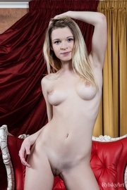 beautiful young blonde nude