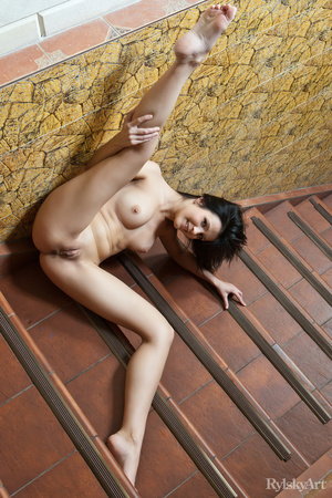 Creamy lusty brunette with bouncy small  - XXX Dessert - Picture 13