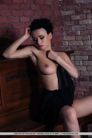 Short black hair cutie in black dress di - XXX Dessert - Picture 7