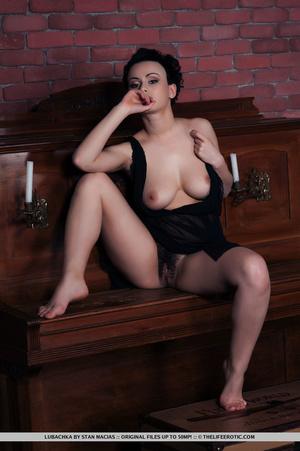 Short black hair cutie in black dress di - XXX Dessert - Picture 11