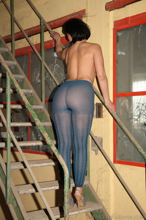 Thick, sexy chick in a warehouse posing  - XXX Dessert - Picture 12