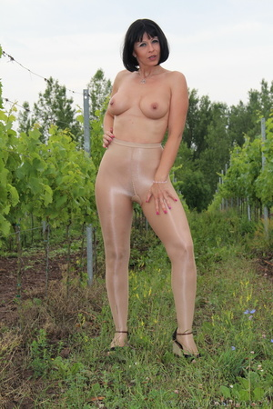 Topless exhibitionist in vineyard shows  - XXX Dessert - Picture 11
