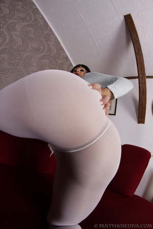 Elegant poses on the couch from brunette - XXX Dessert - Picture 3