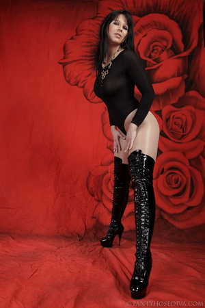 Lady in black thigh-high boots and thong - XXX Dessert - Picture 6